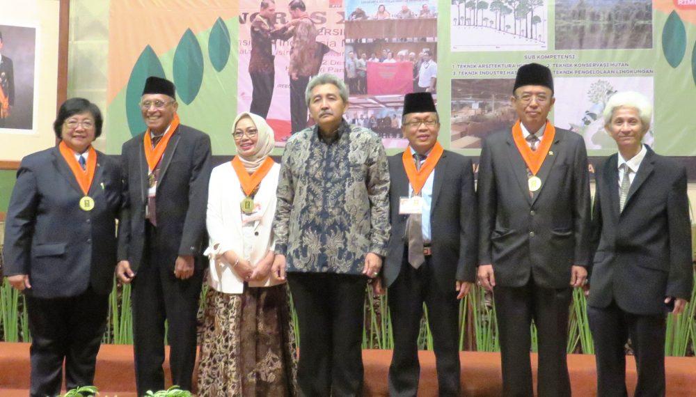 Badan Kejuruan Teknik Kehutanan – Persatuan Insinyur Indonesia – Gedung Manggala Wanabakti Blok IV Lt. 7 Wing B